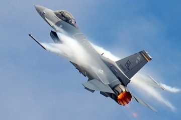 F16 with afterburners taking off